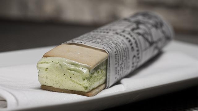 Sandwich à la crème glacée basilic et citron