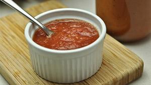 Ketchup de tomates au vinaigre de cidre et épices