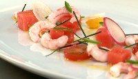Crevettes fraîches, pastèque marinée, tomates, piment jalapeño et ciboulette