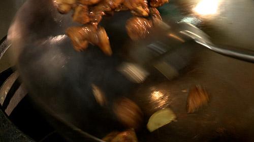 20_poulet_saute_au_pois_cuisson.jpg