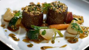 Croustillant de veau au sarrasin, vinaigrette tiède façon gribiche