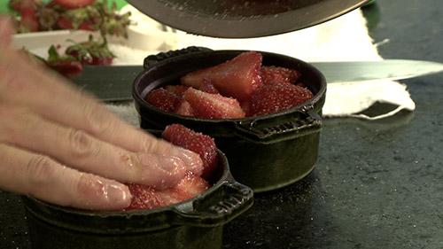 15_cachette_aux_fraises_pot.jpg