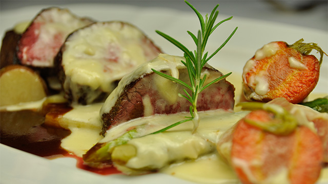 Recette filet mignon de b uf sauce riopelle de fr d ric cyr recettes de - Cuisson filet de boeuf au four chaleur tournante ...