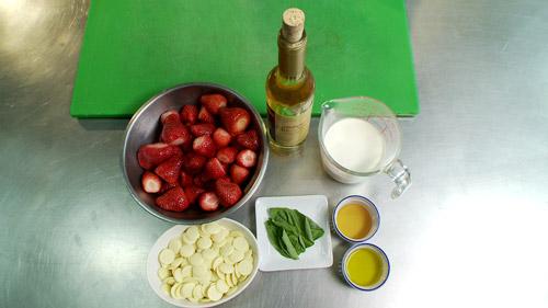 01_ing_soupe_fraise.jpg