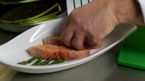 12_saumon_dans_assiette.jpg