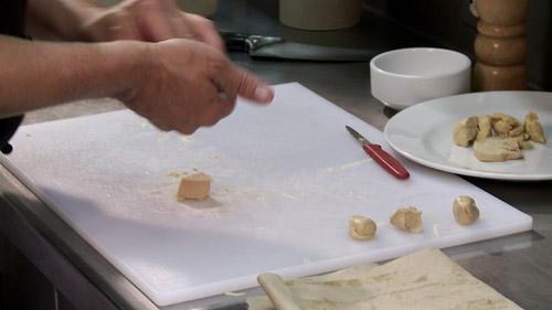 05_faire_boules_avec_foie_gras.jpg