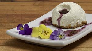 Gâteau au fromage vanille de Madagascar et confiture bleuets-mandarines