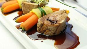 Filet de porc farci de dattes et réduction de cidre de glace
