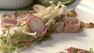 Tataki de thon rouge au gratin de tofu mariné