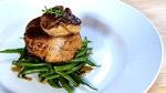 Tournedos de canard, foie gras poêlé et vinaigrette au balsamique