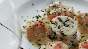 Fricassée de saumon sauvage au gingembre et vin blanc, riz basmati