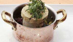 Pétoncle U-10 au boudin et foie gras au sel
